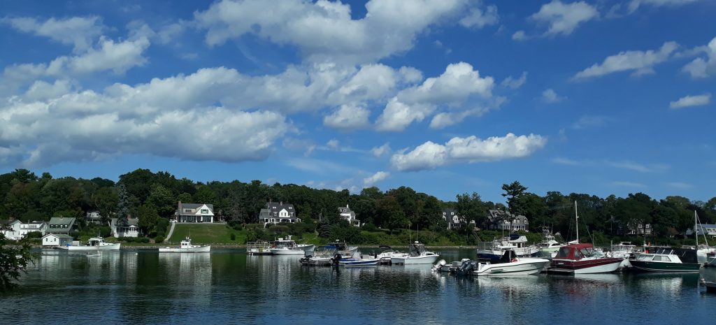 09/2021 Perkins Cove, ME - Quilting, Relaxation, and Used Books